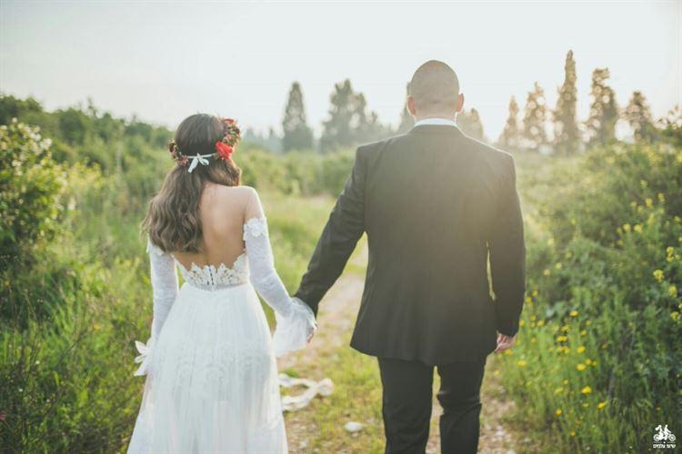 הרומנטיקה הצליחה להם, החתונה של נויה שמעון ואיגור טורצינסקי (צילום: שיצו צלמים)
