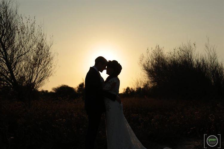 כל מה שצריך בשביל תמונת חתונה רומנטית ומרגשת במיוחד (צילום: GREEN)
