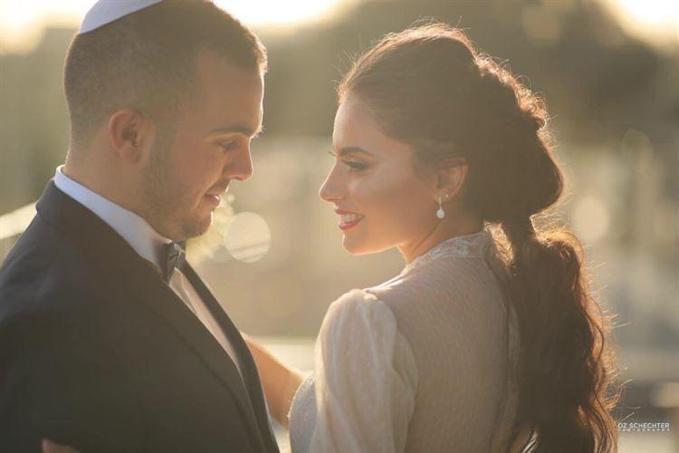 המבטים שאומרים הכל, הזוג שהגורל לא וויתר להם והחזיר את הניצוצות (צילום: עוז שכטר)